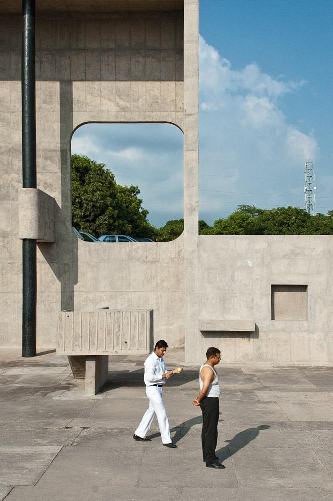 Open Hand | Le Corbusier